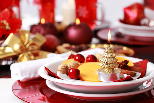 Fine dining venues and caterers may choose to offer hors d'oeuvres as part of their holiday catering menu